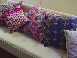 Habitación/Estudio: almohadones (cojines) típicos de Guatemala