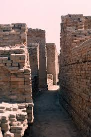 the streets of mohenjo daro 2 narrow lane dk g area