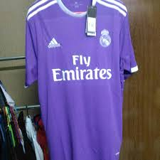 Camiseta de equipo de fútbol adidas real madrid away jersey youth 2017/2018 al mejor precio en idealo.es ! Fake Real Madrid Shirt