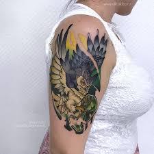цветная татуировка на предплечье у мужчины по индивидуальному эскизу