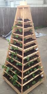how to build a garden. Vertical Garden Pyramid Tower_02 How To Build A N