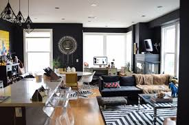 interior paint is back in black