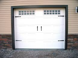 garage door carraige style