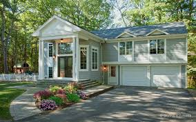 Raised Ranch Addition With New Entryway One Day Pinterest - Split level exterior remodel