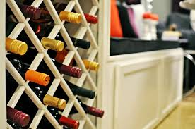 Wine rack lattice plans Woodworking View In Gallery Diy Lattice Wine Rack Decoist Amazing Diy Wine Storage Ideas