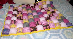 How to Make Puff Quilts, Also Called Biscuit Quilts & Puff Quilting Adamdwight.com