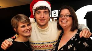 Bbc Radio 1 The Official Chart Update Christmas Chart Update