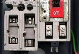 mem 4 way enclosed grey metal fuse box mem 4 way fusebox