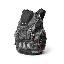 NEW OAKLEY KITCHEN SINK BACKPACK RED PACK 34L 92060A454 17 Oakley Kitchen Sink Red
