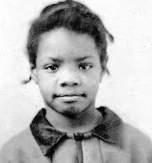 a angelou biography essay a angelous childhood a angelou