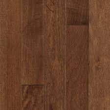 mohawk 2 25 in coffee maple solid hardwood flooring 18 25 sq ft