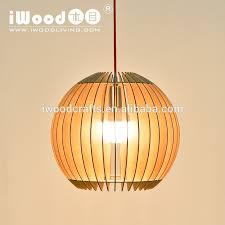 Soffitto In Legno Illuminazione : Lampadario in legno moderno per il soffitto luci