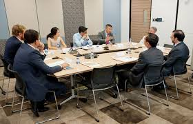 singapore corporate events photography round table discussion wespac 07