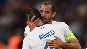 بونوتشي: مانشيني غير الكرة الإيطالية وكيليني صديقي داخل وخارج الملعب