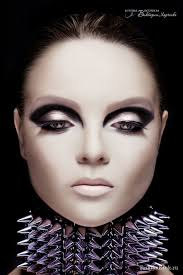high impact graphic black modern 1960 s inspired makeup