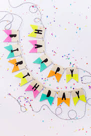 39 easy diy party decorations wood birthday banner quick and party decors