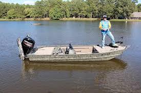 outboard jon boat center console sport fishing