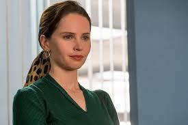 Bild zu Felicity Jones - Die Berufung - Ihr Kampf für Gerechtigkeit : Bild Felicity  Jones - FILMSTARTS.de