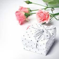 white gift box, flowers, roses, bud ...