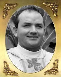 Resultado de imagem para foto do padre genildo da  paroquia de mirandiba pe