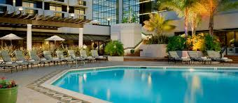 doubletree by hilton hotel san jose ca exterior shot with pool