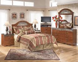 Exceptional B105 Fairbrooks Estate 5pc Adult Bedroom Set