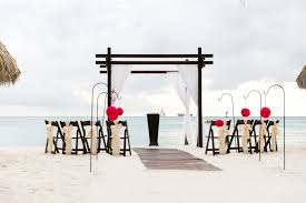 we aim to make the vision of your wedding come through and go above and beyond