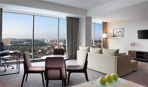 Crowne Plaza  Bandung  Rooms Feature  King Bed  Kamar Grand Suite Bebas