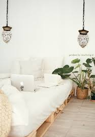 Witte Kleine Hanglamp Van Glas Met Mozaiek In Geometrisch Ster Patroon
