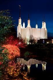Mormon Tabernacle Washington Dc Christmas Lights Washington D C Temple During Christmas