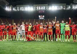 Kayserispor, Galatasaray'a gol yağdırdı Kronos News   B