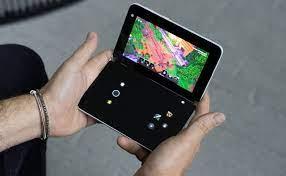Microsoft biến Surface Duo thành máy chơi game cầm tay bằng bản cập nhật  xCloud mới trên Android