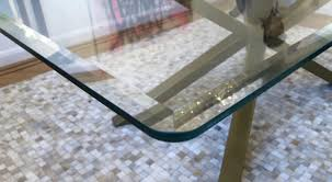 round glass made to measure at table