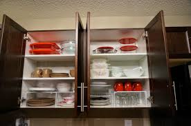 We Love Cozy Homes How To Organize Kitchen Cabinet Shelves