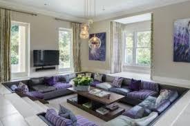 Jika anda menginginkan desain ruang keluarga minimalis yang unik, maka yang satu ini bisa menjadi pilihan. Desain Ruang Santai