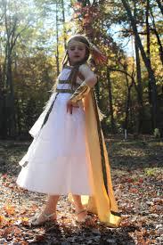 artemis costume diy. handmade greek goddess costume, like the wrist cuffs. artemis costume diy