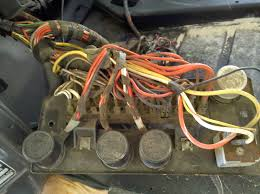 porsche 914e electric conversion and tesla obsession fuse block it s shaped as a bolt in replacement but uses modern fuses it also comes nice fuse labels for each 914 model year