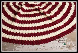 Christmas Tree Skirt Crochet Pattern Unique Ravelry Diamond Christmas Tree Skirt Pattern By Kate Wagstaff