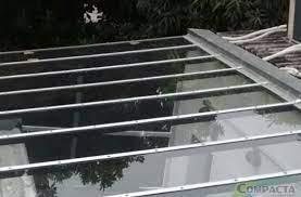 Essa opção de vidro é ideal para ambientes amplos ou ao ar livre, podendo ser utilizado em varandas ou coberturas de grandes edificações. Compacta Coberturas Que Tipo De Vidro Eu Posso Usar Na Cobertura