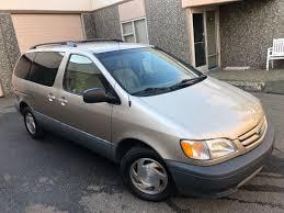 2000 Toyota Sienna LE ⋆ Exelon Auto Sales
