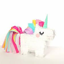 unicorn piñatas materials