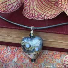 learn how to turn a bead into a pendant in this tutorial we
