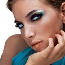 makeup is one of those easy and simple ways that enhance the beauty and appearance of a woman there are a lot of styles in which you can apply makeup on