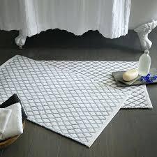 modern bath rugs modern bath rugs com co with regard to idea attractive mat realistic 6
