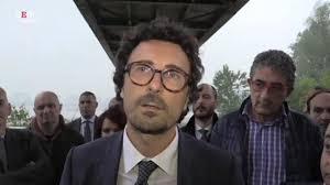 Quando Toninelli diceva che a gestire i migranti non era solo Salvini  (VIDEO)