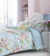 Shabby chic bedding sets – a romantic atmosphere in a stylish bedroom