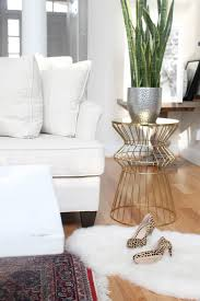 Shabby Chic White Coffee Table How To Distress A Shabby Chic Coffee Table The Easy Way