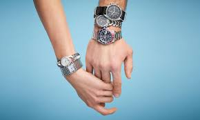 watches men s women s wristwatches for online luxe watches starting at 249 the season s best timepieces from gucci tag heuer