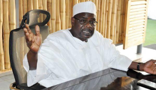A bayyana mana sunayen 'yan canji 400 da aka kama da zargin daukar nauyin Boko Haram>>Sanata Ndume ya gayawa Gwamnatin Tarayya