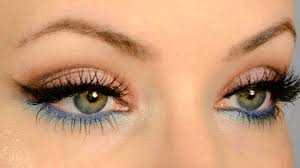 make your eye color pop for gold and blue eyes makeup tutorial you